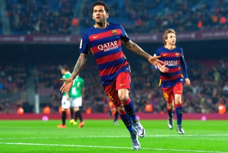 Dani Alves si-ar dori sa revina la Barcelona: Sunt la dispozitia lor!