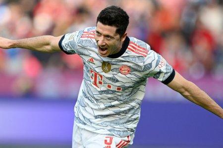 Bayern <span style='background:#EDF514'>MUNCHEN</span>, demonstratie de forta pe terenul lui Leverkusen » 5-0 inca de la pauza