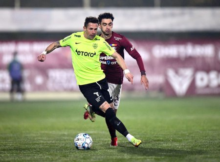 Rapid - CFR Cluj 2-0. Ciprian Deac nu si-a menajat echipa: Sa ne dam doua palme