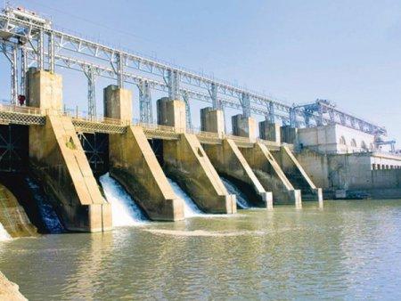 Scumpirea accelerata a energiei urca cu 20% evaluarea Hidroelectrica in doar o luna la aproximativ 36 miliarde de lei. Daca ar fi la listata la Bursa, compania s-ar tranzactiona la de sapte ori cifra de afaceri si de 15 ori profitul net