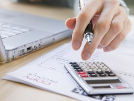 Afacerile din <span style='background:#EDF514'>COMERTUL</span> engros au crescut in august cu 3,9% fata de iulie 2021 si cu 30% fata de august 2020, avansul anual dupa primele opt luni fiind de 19%
