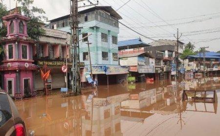 India se confrunta cu inundatii devastatoare: Cel putin 26 de persoane au murit