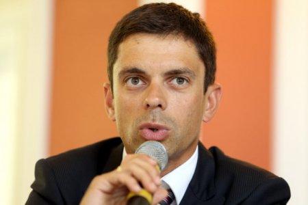 Ministrul Sportului, Eduard Novak, convocat in Parlament sa dea explicatii privind o presupusa nedreptate facuta unui sportiv cu handicap
