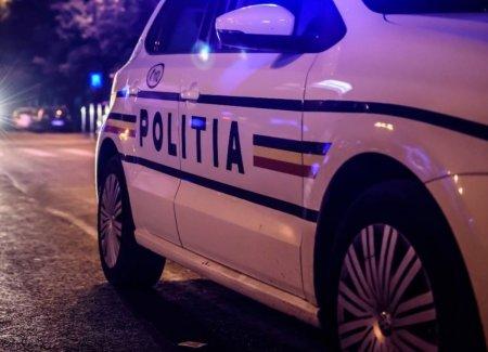 Piromana ridicata de <span style='background:#EDF514'>POLITIE</span>, dupa ce a incercat sa incendieze un magazin din Bucuresti