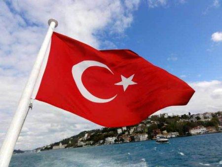 Romanii se afla in top zece turisti straini care au ajuns in Turcia in 2021. In primele sapte luni din 2021, peste 238.000 de romani si-au facut vacantele in Turcia