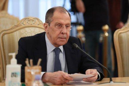 Rusia inchide misiunea la NATO, dupa ce 8 diplomati au fost expulzati pentru spionaj