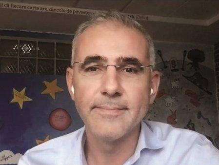 ZF Live. Bogdan Georgescu, cofondator, SOLO: Aplicatia SOLO, contabilul digital al PFA-urilor, tinteste sa ajunga la 10.000 de utilizatori intr-un an. SOLO face parte dintr-un miniincubator, Novel Ventures. Fiecare proiect din acest incubator <span style='background:#EDF514'>PORN</span>este la drum cu o finantare de 300.000 de euro