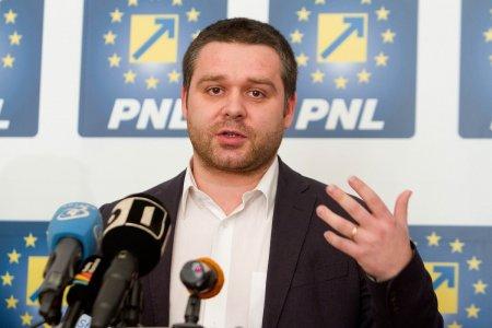 Primarul Ciprian Ciucu, depistat pozitiv la testul de COVID