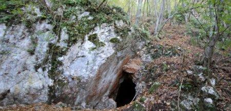 Povestea uriasului zacamant de guano din pesterile Cioclovinei. <span style='background:#EDF514'>CEAU</span>sescu era extrem de interesat de el