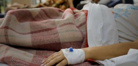 O fetita de 13 ani, fara boli si nevaccinata, a murit de COVID-19. I-au cedat pe rand toate organele