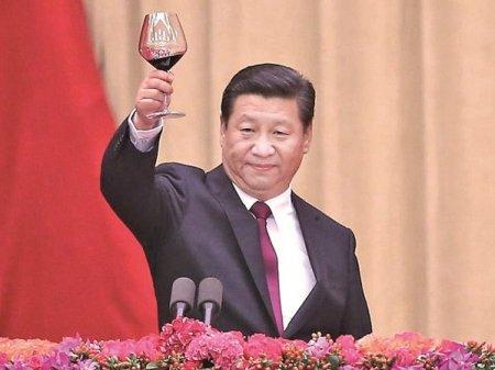 Se poate prabusi China? Economia incetineste sub povara crizelor multiple in timp ce liderul comunist se lupta pentru puterea absoluta