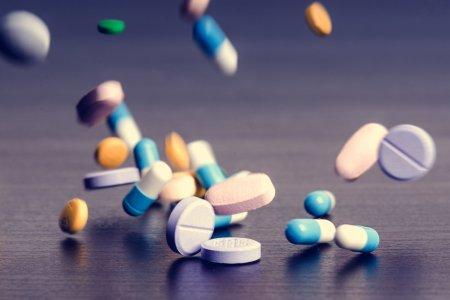 Nu va mai tratati singuri de COVID! Semnal cutremurator al medicilor: Medicamentele care provoaca moartea