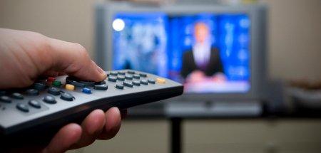 Sondaj: Aproape jumatate dintre romani cred ca televiziunile propaga fake news