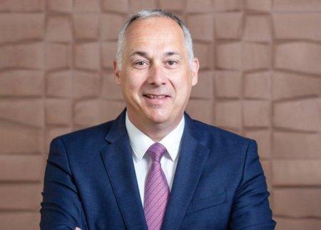 Sarmis Capital, fond independent de private equity dedicat investitiilor in Europa Centrala si de Est, intra in actionariatul COS Romania, unul dintre cei mai mari jucatori din piata solutiilor la cheie pentru spatii de bioruri