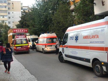 Spitalul din Barlad, coplesit de numarul mare de pacienti. Medic: Lumea sta acasa si se trateaza singura. Și acum avem pacienti in ATI care nu cred ca exista virusul, ca noi l-am inventat