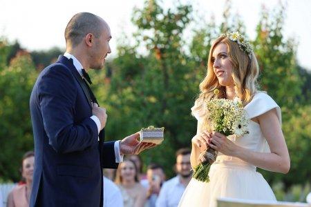 Nunta cu suspans la Casatoriti pe nevazute. <span style='background:#EDF514'>MIREL</span>e ii da emotii miresei imediat dupa ce a cunoscut-o: N-am cum