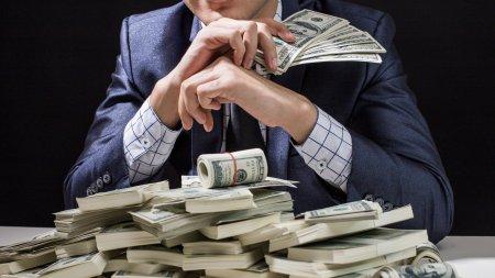 Cei mai bogati 1%  dintre americani au castigat peste 6.500 de miliarde de dolari in timpul pandemiei de Covid
