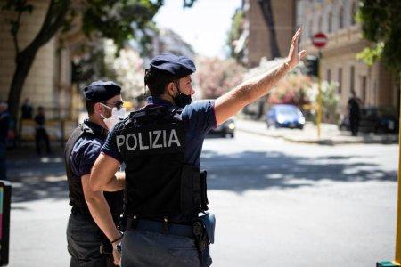 Un italian si-a tinut doi ani mama moarta zidita intr-un dulap pentru a-i lua pensia