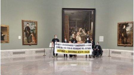 Mai multi supravietuitori ai unei otraviri in masa au ocupat un muzeu din Madrid si ameninta cu <span style='background:#EDF514'>SINUCIDERE</span>a