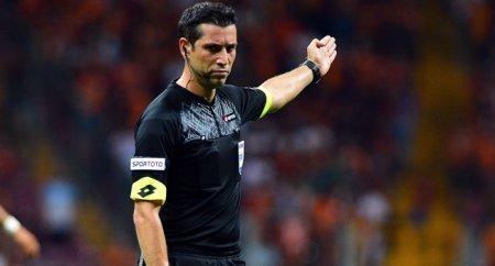 Arbitru din Turcia la meciul CFR Cluj - AZ Alkmaar