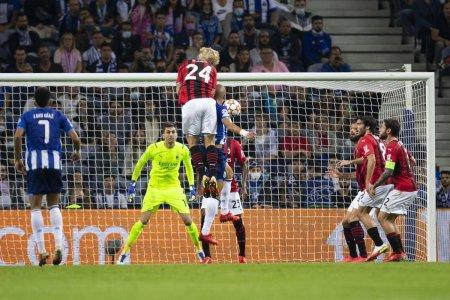 Ciprian <span style='background:#EDF514'>TATAR</span>usanu, titular in FC Porto - AC Milan » Italienii sunt ultimii in grupa!