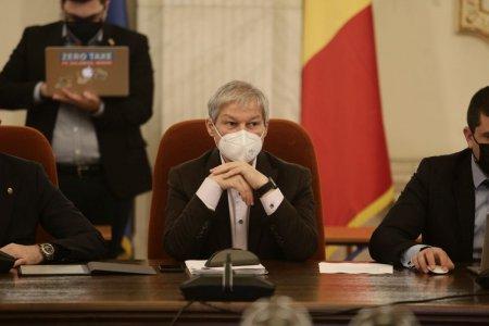 Guvernul Ciolos poate deveni azi al doilea din istoria Romaniei care pica votul de investitura. Care este precedentul