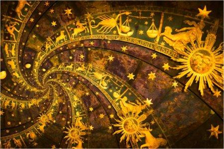 HOROSCOP 20 octombrie 2021. Luna Plina in Berbec. Patru zodii trebuie sa faca o alegere dificila