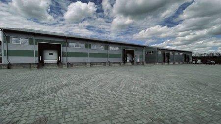 Cooperativa Nucul de Aur din Suceava, formata din 20 de fermieri, a inceput productia in fabrica de fructe deshidratate, construita cu 6 mil. lei