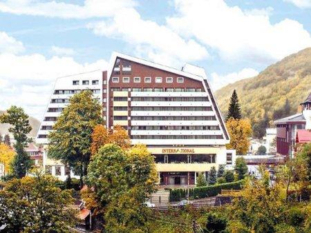 Hotelul International din Sinaia: Am primit un singur grup de turisti straini, 40 de grupuri si-au anulat circuitele
