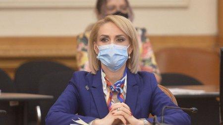 Gabriela Firea este infectata cu COVID-19: Toti din casa suntem vaccinati cu 3 doze : sotul, mama, apropiatii, dar acum suntem pozitivi