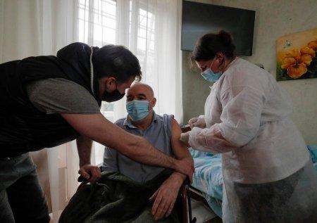 Ucraina inregistreaza un record de vaccinare: Aproape 200.000 de persoane, intr-o singura zi