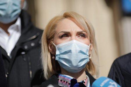 Gabriela <span style='background:#EDF514'>FIREA</span>, infectata cu COVID-19: In fata bolii, toti suntem egali. Cum se simte deputatul PSD