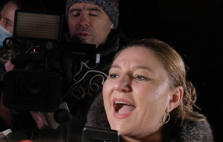 Diana Șosoaca, jigniri si blesteme dupa moartea unei persoane <span style='background:#EDF514'>APROPIA</span>te: Sper sa va ia ala rau pe toti