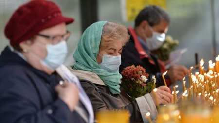 In plin varf pandemic, credinciosii sunt invitati la pelerinajul Sf. Dumitru din <span style='background:#EDF514'>CAPITALA</span>