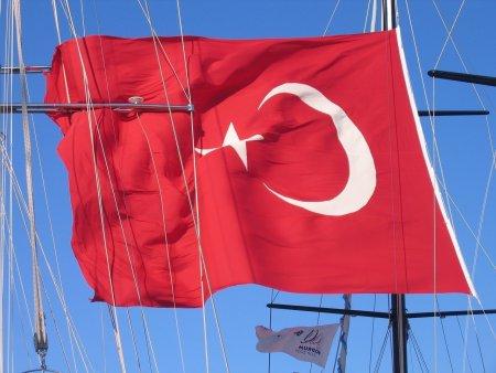 UE: Turcia face regrese in privinta reformelor, iar sansele sale de aderare sunt negative