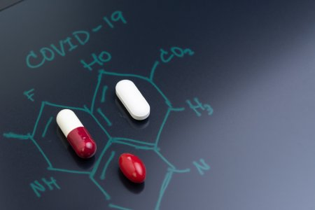 Veste uriasa in plina pandemie! Tratamentul-minune ce va anihila COVID-19 e aproape <span style='background:#EDF514'>GATA</span>