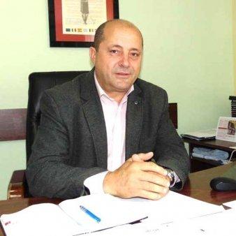 Un primar din Maramures le recomanda localnicilor leacuri babesi. Nu va temeti in ciuda sirenelor care suna infiorator