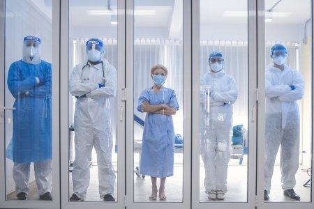 Mesajul terifiant al unui medic roman: Daca va fi sa vedeti negru in fata ochilor, va fi prea tarziu