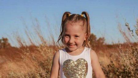 O fetita de patru ani a disparut din cortul parintilor si este de ne<span style='background:#EDF514'>GASIT</span>. Guvernul ofera un milion de dolari pentru informatii in acest caz, in Australia