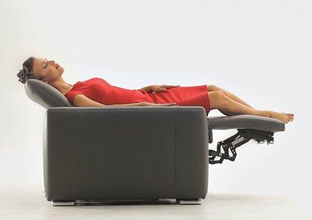 Canapele cu recliner electric sau cu recliner manual ?
