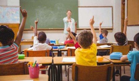 De anul viitor: Noile materii obligatorii pe care le-ar putea avea elevii