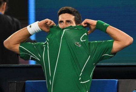 Ultimatum pentru Novak Djokovic: Te vaccinezi sau nu participi / Numarul unu modial ar putea rata Australian Open