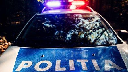 Un politist a impuscat din greseala un pasager, in timpul unei urmariri in trafic, in Turda