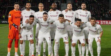 CFR Cluj - AZ Alkmaar 0-1, in Grupa D a Conference League. <span style='background:#EDF514'>PETRILA</span> a nimerit bara, in finalul meciului