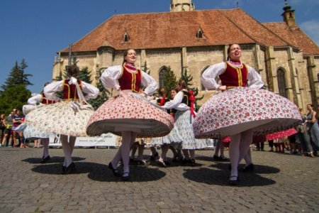 Internetul, altfel: Maghiarii din Transilvania, fata in fata cu provocarile online
