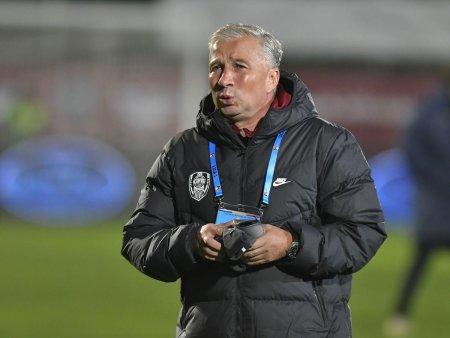Dan Petrescu, probleme pe banca in meciul cu AZ Alkmaar: Mi s-a blocat mana de tot
