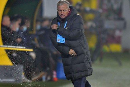 Analiza lui Dan Petrescu dupa CFR Cluj - AZ Alkmaar: Meritam victoria! Re<span style='background:#EDF514'>PRIZA</span> a doua a fost toata a noastra