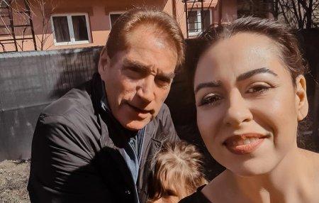 Petre Roman a sunat-o nervos pe Oana Roman. Ce i-a zis fiicei sale la telefon: Refuz sa cred ca poate sa-i spuna propriului copil asa ceva