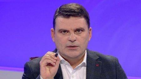 Radu Tudor: <span style='background:#EDF514'>TRUP</span>ele lui au navalit in spital! Demisia, Raed Arafat!