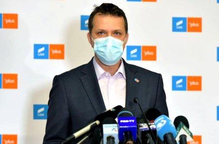 Reactia USR, dupa atacurile lui Iohannis: Acum <span style='background:#EDF514'>SUNTEM</span> numiti «crizatori», iar PSD sunt cei cu care se pot face reforme